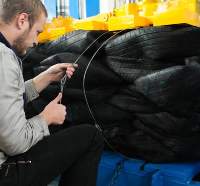 Optimized Heavy Duty Baler for High Rebound Material (eg. Tyre Balers )