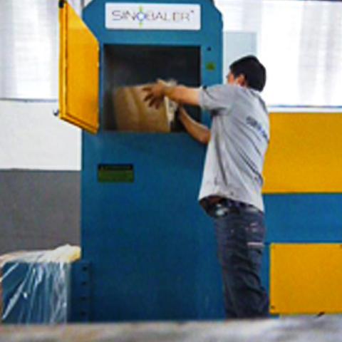 Vertical Bagging Baler Machine